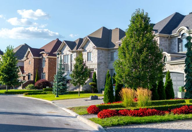What to Know Before Moving into an HOA Neighborhood