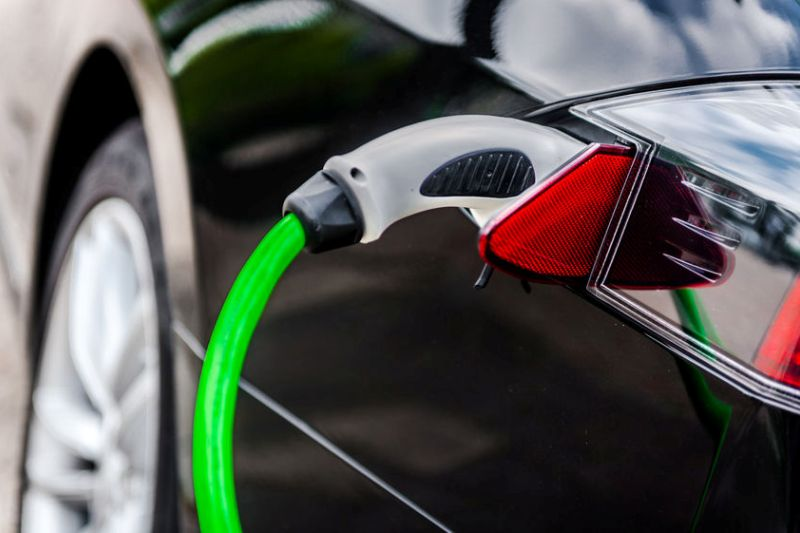 Should Your HOA Install an Electric Car Charger?