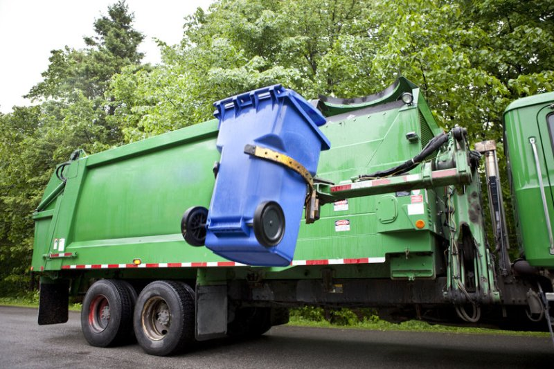 Waste Management and HOAs: How to Keep Communities Clean